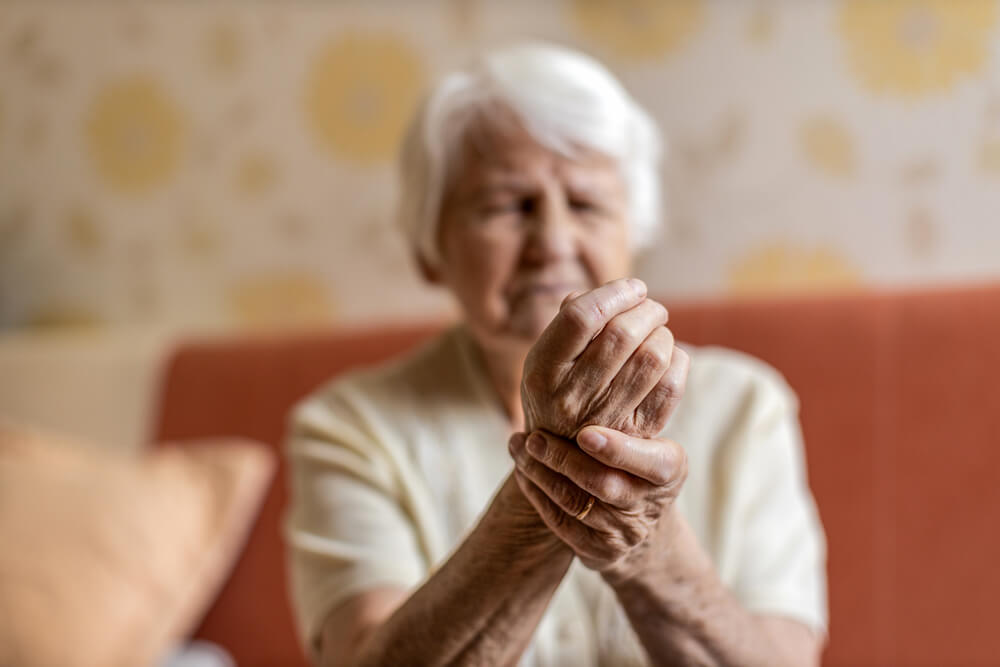 old woman with arthritis - Panda CBD